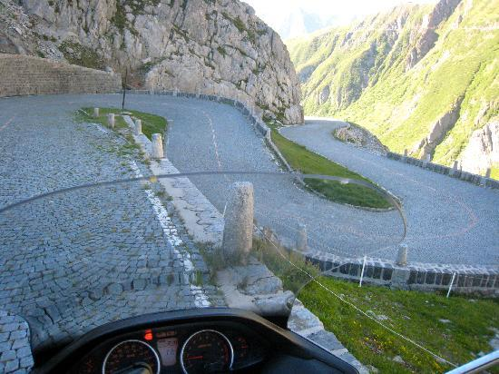 Andermatt, Svizzera: Interesting roads