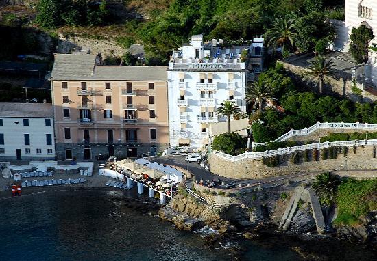 Hotel Helvetia: hotel di charme, direttamente sul mare con  piscina