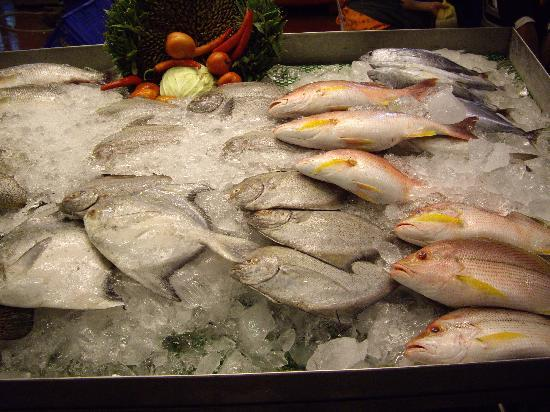 Mantra Resort : pick your fish for dinner