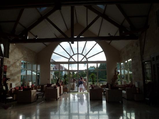 Les Jardins de Beauval : hall d'accueil