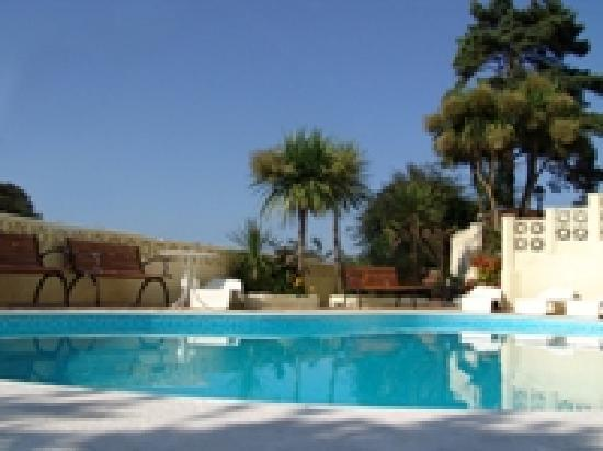 Poplars Hotel: Swimming Pool at The Poplars