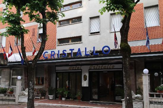Hotel Cristallo: Street View