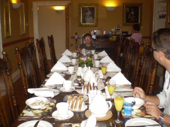 Silver Rill House: Breakfast for a king!