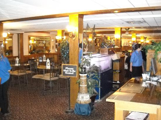 Regency Fairbanks Hotel: Cozy Restaurant and Bar - Not Inspired Menu