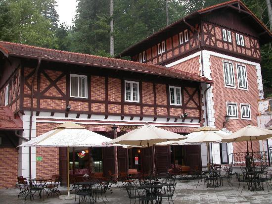Bastion Hotel : Hotel exterior