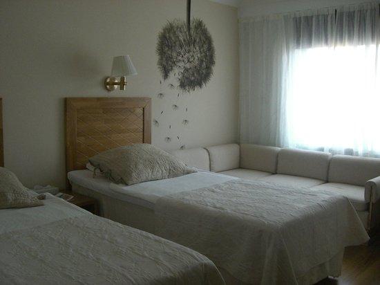 リヴォリ ジャルダン ホテル , ベッドの奥にソファがありました