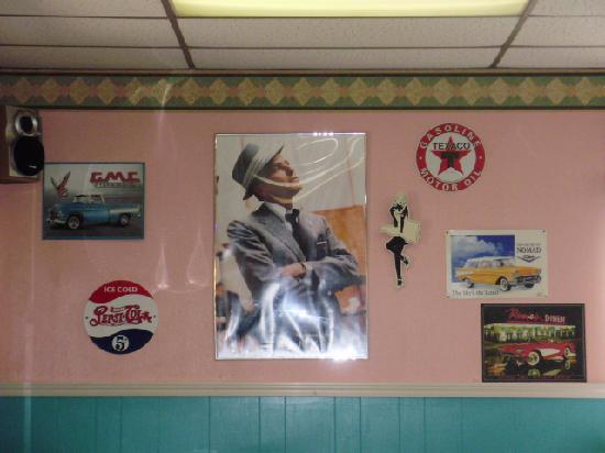 Tidewater Inn: Helen's diner