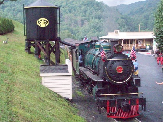 Blowing Rock, Северная Каролина: The Tweetsie Railroad train.