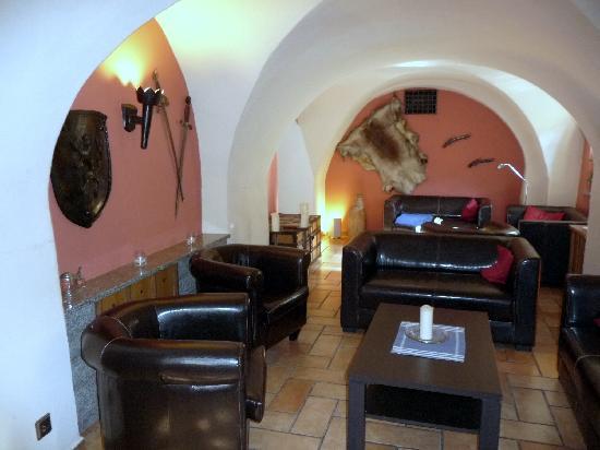 Schloss Schänke Hotel: Hotel lounge