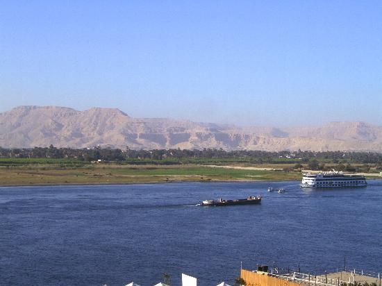 Lotus Luxor Hotel: The view of the Nile from our Balcony