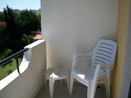 Varzinn Hotel : balcón