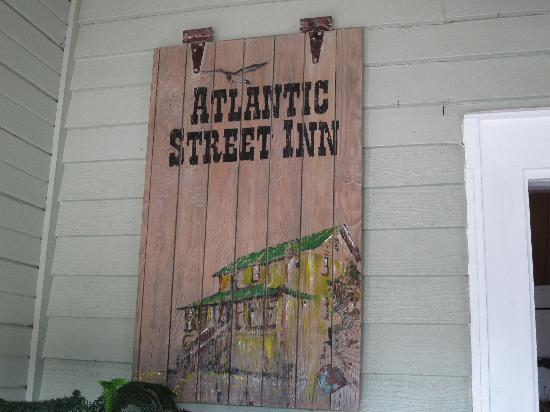 Atlantic Street Inn: Superb artwork