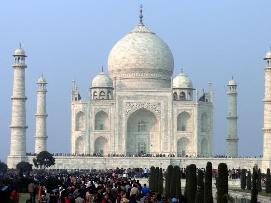 Taj Mahal : The beautiful Taj...the eternal monument of love