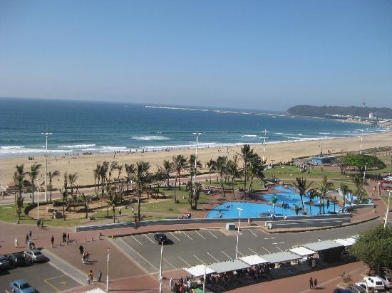 Gooderson Tropicana Hotel: View from the Hotel