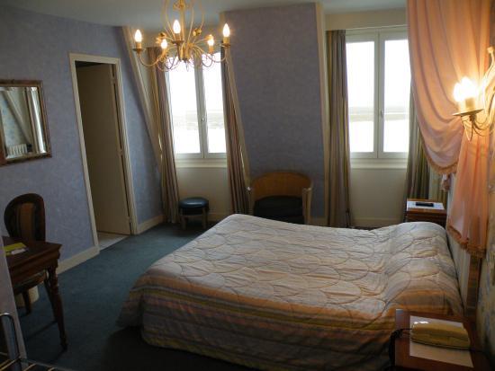 Photo of Hotel Du Guesclin Le Mont-St-Michel