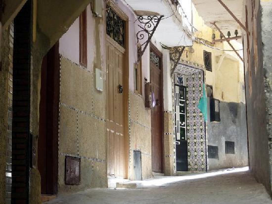 Medina of Tangier: Narrow Roads