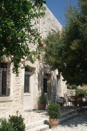 Villa Kerasia: Beautiful Villa restored by the host - Babis