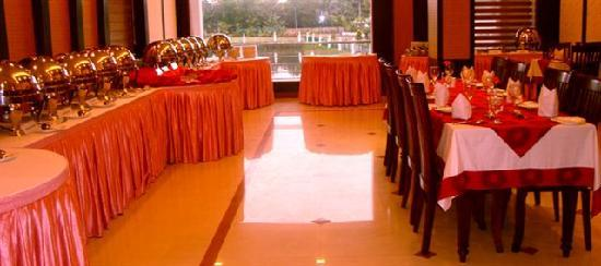 PJ Princess Regency : Well arranged silver wares at this posh eating place...