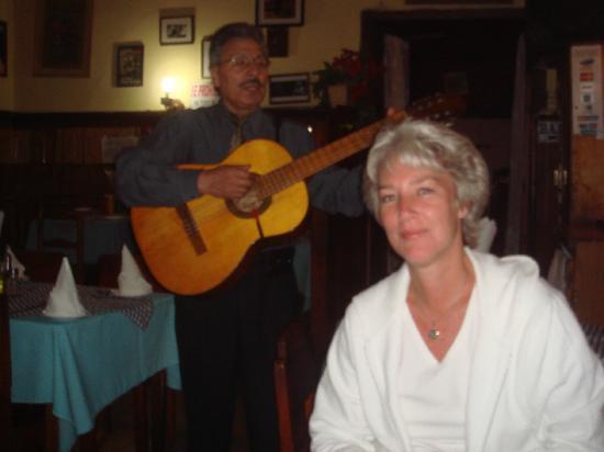 El Venecia : The man that sings