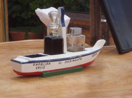 El Chiringuito de Zapallar : Salt and Pepper Boat
