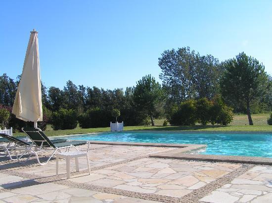 Domaine de la fontaine b b l 39 isle sur la sorgue france for Prix des hotels en france