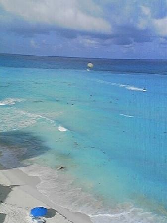 Oleo Cancun Playa: beautiful view of water