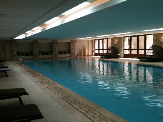 The Westin Resort Costa Navarino: piscine intérieure