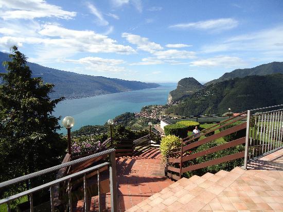 Tremosine, Italien: vue du restaurant