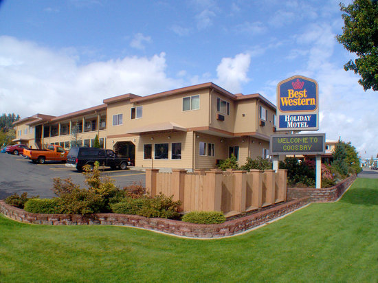 Best Western Holiday Hotel: Exterior of Property