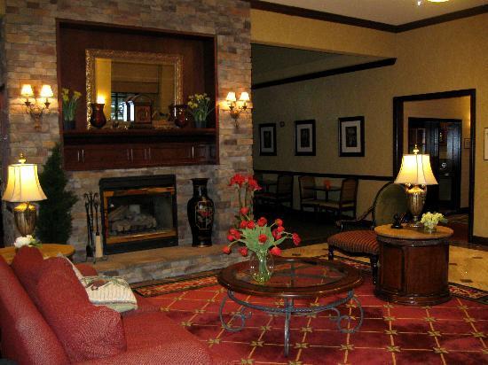 Homewood Suites by Hilton Melville - NY Hotel : Le lobby de l'hôtel