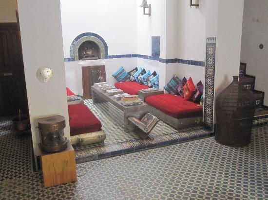 Riad Laaroussa: hall