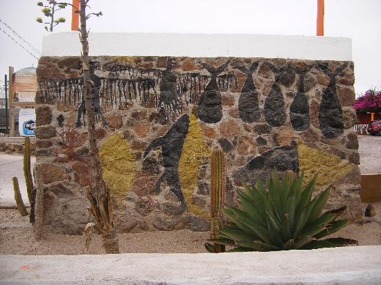 Guerrero Negro, Mexico: Wall painting at the entrance to Hotel