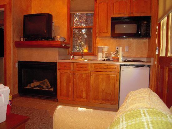 L'auberge d'Aspen: Kitchen Area Cabin 21