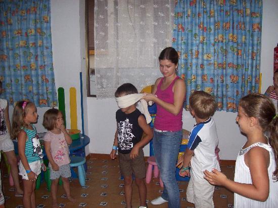 Hotel Neptuno & Apartments: Kinderbetreuung