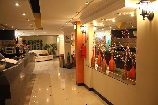 Hotel Qalasaya: RECEPCION