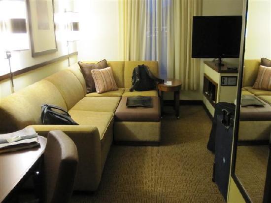 Hyatt Place Reno Tahoe Airport: room