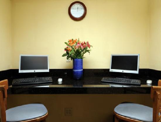 Quality Inn DFW-Airport: Business Center