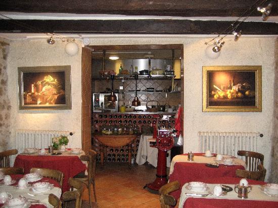 Hotel Restaurant des Deux Rocs: Dining room