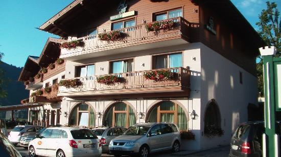 Hotel Zur Burg: Aussenansicht