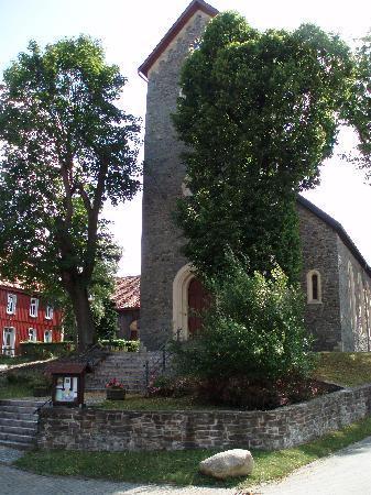 Harzer Land: Kirche in Allrode