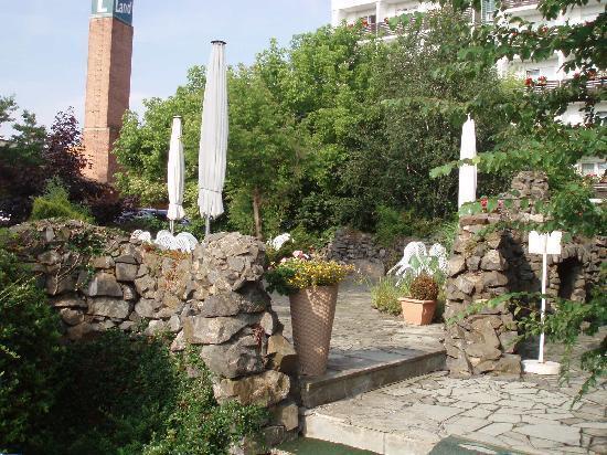 Harzer Land: Teilbereich der gestalteten Außenanlage