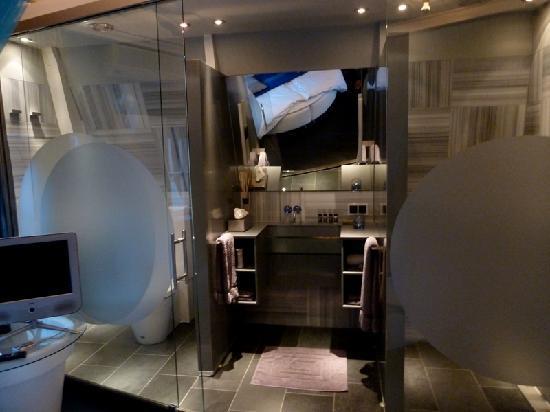 Boutique B&B Kamer01: El cuarto de baño moderno, funcional y elegante