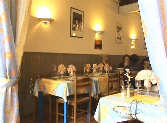 Restaurant Rive De Thau: Blick in das Lokal