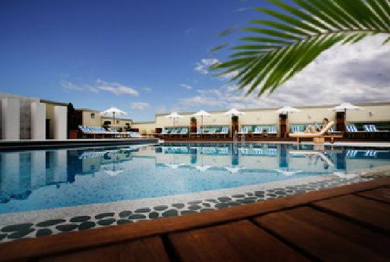 InterContinental Grand Stanford: Sun Court Pool