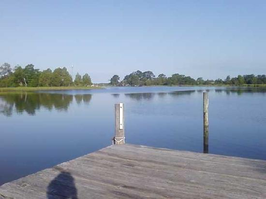 The Inn at Tabbs Creek Waterfront B&B: One view from the dock