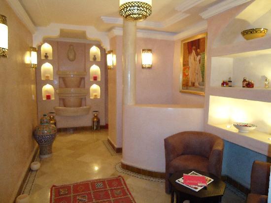 Riad & Spa Esprit du Maroc: entrée espace soins
