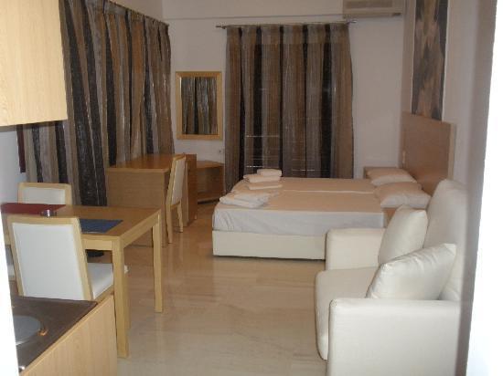 Limani Apartments: ariadne studio