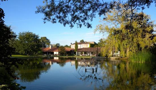 Saintes, France: vue du parc