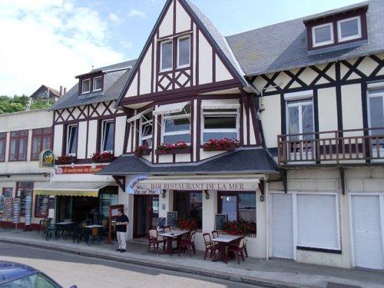 Veulettes-sur-Mer, France: Facade