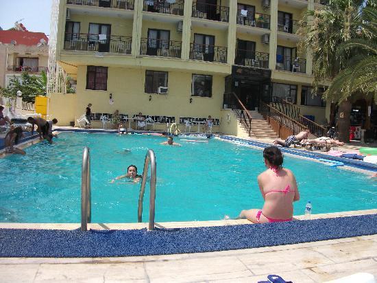 Miletos Hotel: Pool